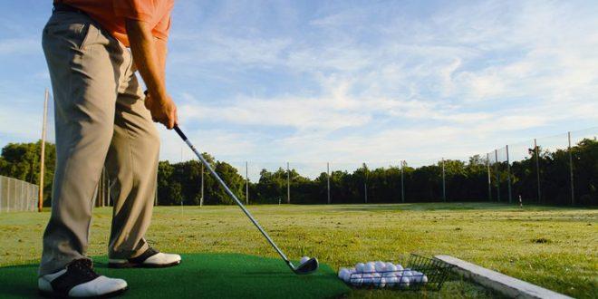 Golf riscaldamento campo pratica